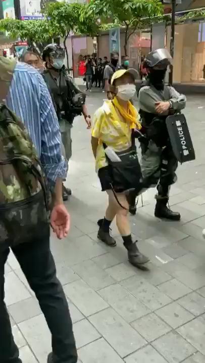 Hong Kong. Cortei nonostante la nuova legge cinese, arresti